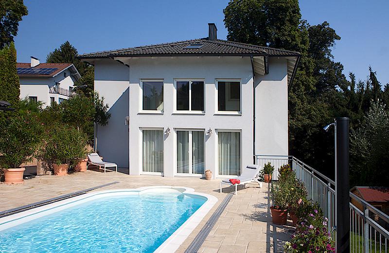 Moderne häuser mit pool in österreich  Das KICKINGER-Haus - Baumeister Kickinger